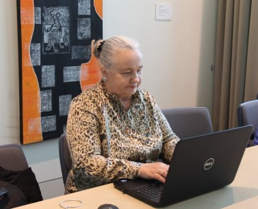 Karen Robinson at Creative Writing Therapy with Mind Australia - Northcote Town Hall October 2015 NB: All images are protected by copyright laws.JPG