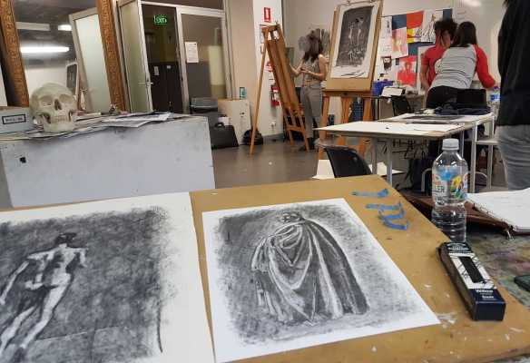 14-14 Class 6 'Produce Drawings' CAE Class - Certificate 111 in Visual Arts - Photograph by Karen Robinson Aug 2016 NB All images are protected by copyright laws