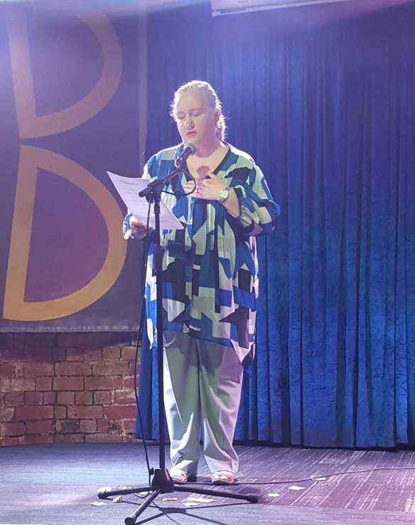 Karen Robinson reading some of her poetry at a 'Open Mic' night with 'Passionate Tongues' at The Brunswick Hotel, Brunswick' 28.11.16 Photographed by Karen's husband NB Images copyright protected