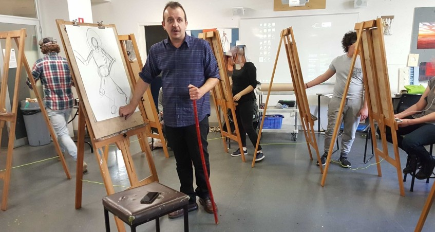 2-22 Class 9 'Produce Drawings' CAE Class - Certificate 111 in Visual Arts - Photograph by Karen Robinson Oct 2016 NB images protected by copyright laws
